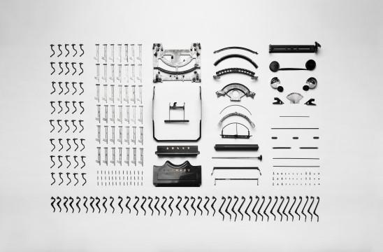 Unsplash: Typewriter Apart, by Florian Klauer